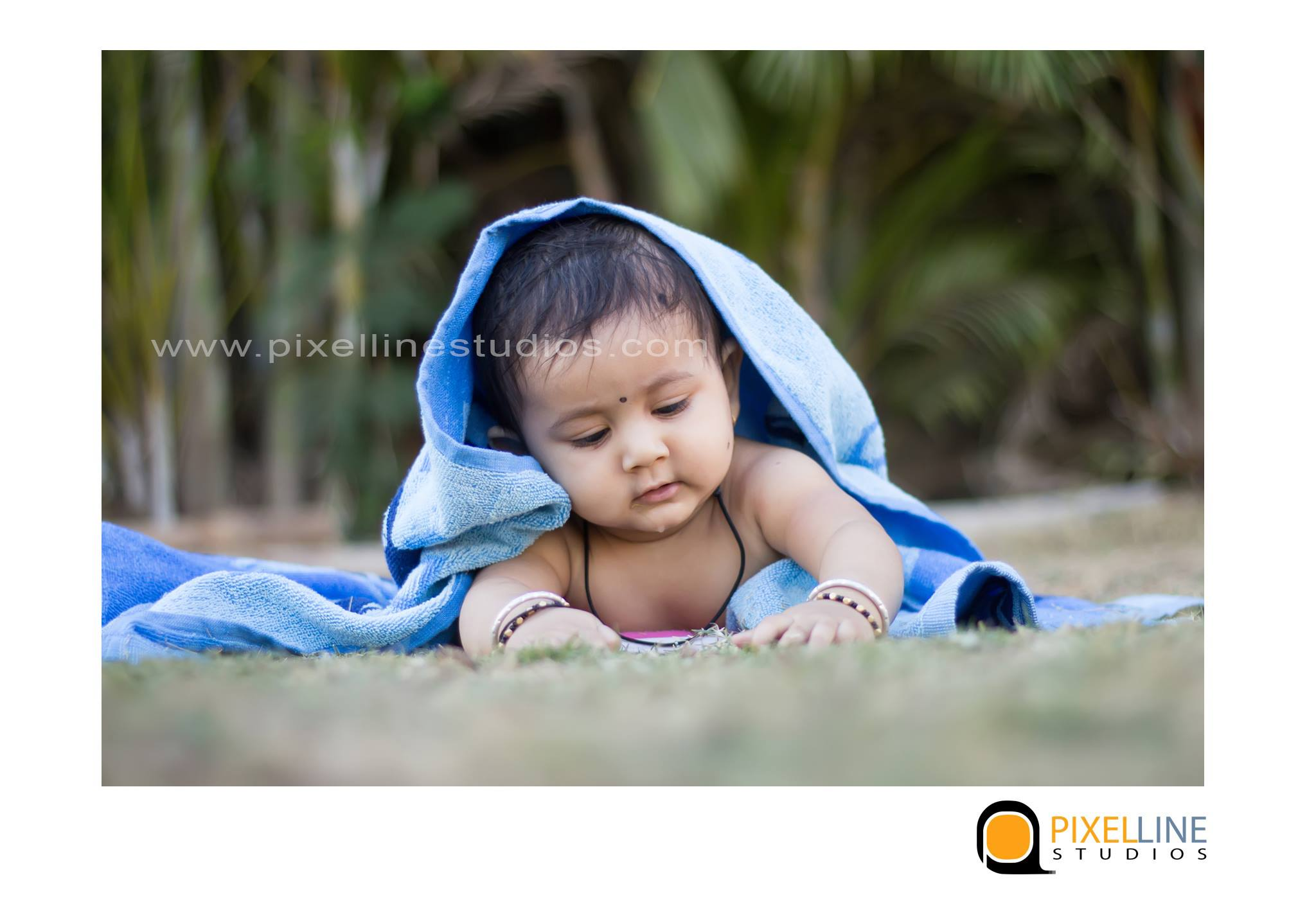 1month-baby-photoshoot-in-pune_pixellinestudios